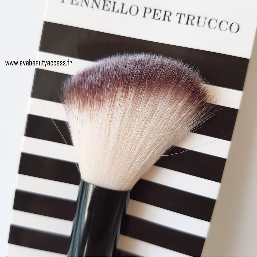 Pinceau Blush Sculpter - 695 - TERTIO