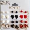 Lot 12 Paires Boucles d'Oreille 'Noir/Blanc/Rouge' - ROSLYND